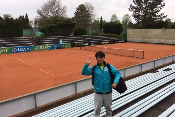 プロテニスプレイヤー佐藤さん
